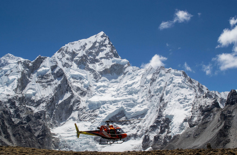 8 Days Everest Base Camp Trek with Helicopter Return