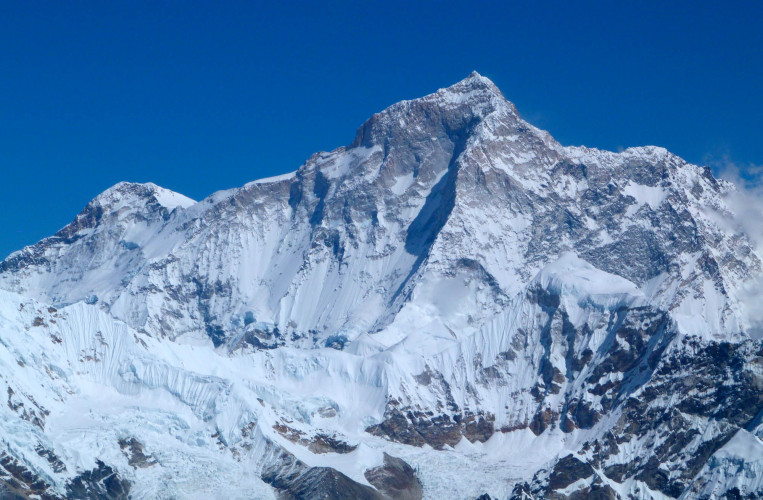 Makalu Base Camp Trek - 22 Days