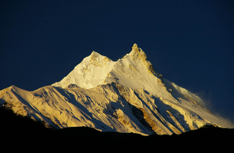 Manaslu Circuit Trek - 17 Days